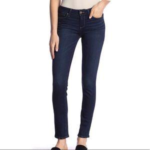 Paige Jeans skyline mid rise straight leg